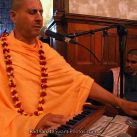 IMG 8460 283x283 Radhanath Swami As a Music Lover