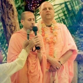 Radhanath Swami 90140007 283x283 Radhanath Swami As a Music Lover