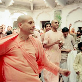 Radhanath Swami 90420035 283x283 Radhanath Swami As a Music Lover