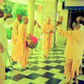 Radhanath Swami 90440017 283x283 Radhanath Swami As a Music Lover
