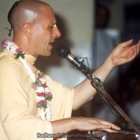 Radhanath Swami Absorbed In Singing 283x283 Radhanath Swami As a Music Lover
