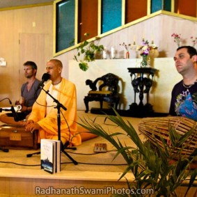 Radhanath Swami Performing Kirtan 1 283x283 Radhanath Swami As a Music Lover