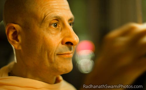 Radhanath-Swami-Special-Photo-1