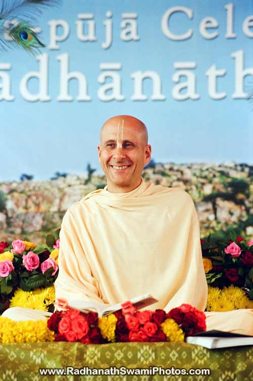 Radhanath-Swami-Vyas-Puja-Photo1