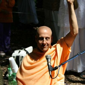 Radhanath Swami in a Kirtan 283x283 Radhanath Swami As a Music Lover