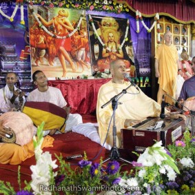 RadhanathSwami 94 283x283 Radhanath Swami As a Music Lover