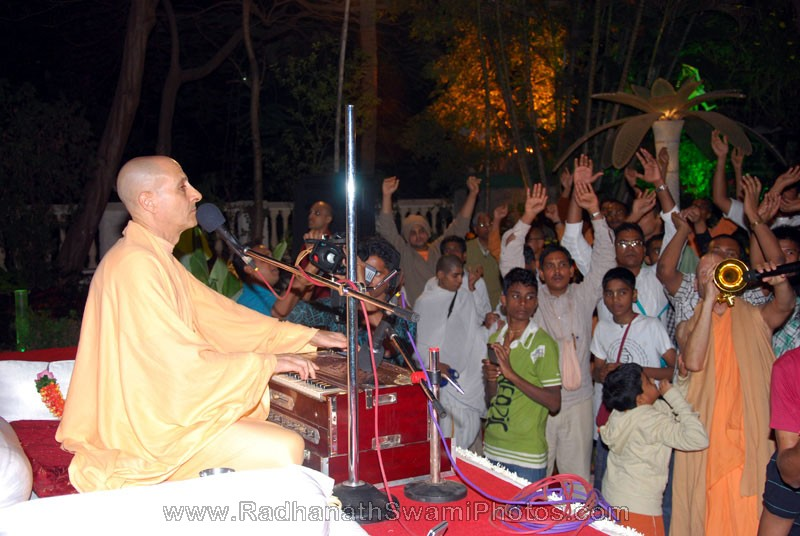 Radhanath Swami Leading Kirtan at Birla House