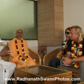 Radhanath Swami at Midday Meal Office 283x283 Radhanath Swami Visits Midday Meal