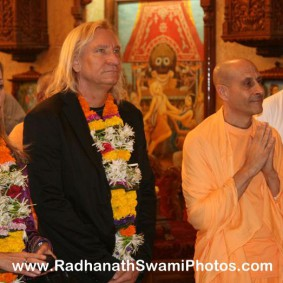 Radhanath Swami and Joe Walsh 283x283 Radhanath Swami With Joe Walsh