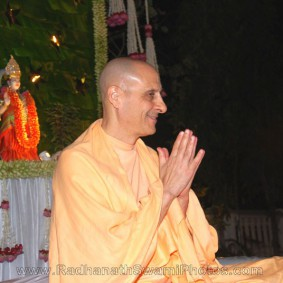 radhanath swami at birla house 1 283x283 Radhanath Swami At Birla House
