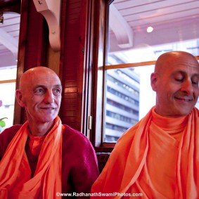 20110408RNSBoatTrip029 new 283x283 Radhanath Swami in London
