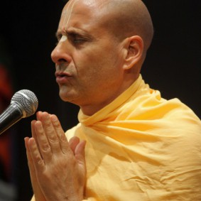 IMG 0031 new 283x283 Radhanath Swami At Gita Champions League Event