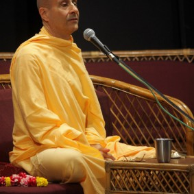 IMG 0038 new 283x283 Radhanath Swami At Gita Champions League Event