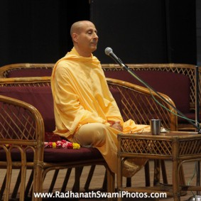 IMG 0049 new 283x283 Radhanath Swami At Gita Champions League Event
