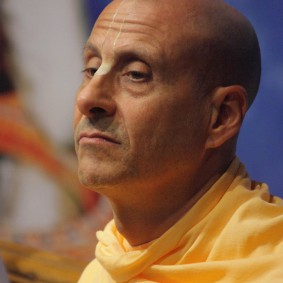 IMG 0069 new 283x283 Radhanath Swami At Gita Champions League Event