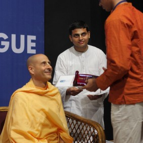 IMG 0124 new 283x283 Radhanath Swami At Gita Champions League Event