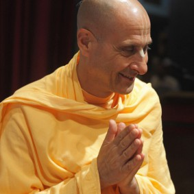 IMG 0147 new 283x283 Radhanath Swami At Gita Champions League Event
