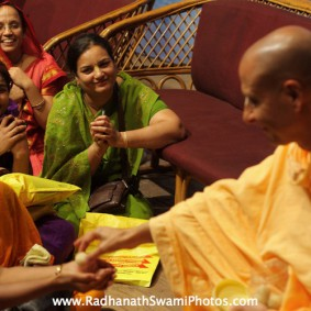 IMG 0179 new 283x283 Radhanath Swami At Gita Champions League Event