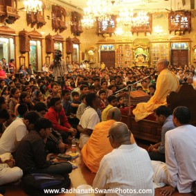 IMG 2929 new 283x283 Radhanath Swami At Gita Champions League Event