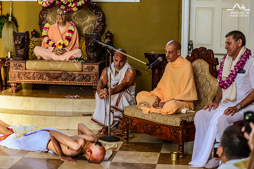 HH Radhanath Swami in Laguna Beach, California