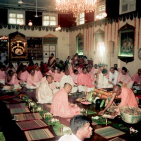 Initiation Ceremony Swami Radhanath 283x283 Radhanath Swami During Initiation Ceremony