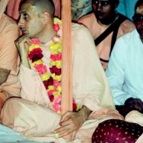 Radhanath Swami 90040020 283x283 Radhanath Swami Special Moments