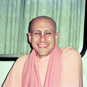 Radhanath Swami 90060032 283x283 Radhanath Swami Special Moments