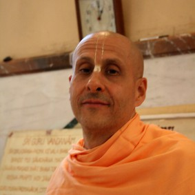 Radhanath Swami Florence VillaVrindavan RNS 293 283x283 Radhanath Swami Special Moments