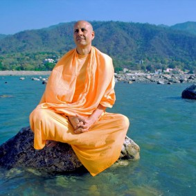 Radhanath Swami IMG 4834 edited 283x283 Radhanath Swami Special Moments