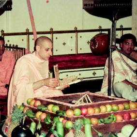 Radhanath Swami Perparing for fire sacrifice 283x283 Radhanath Swami During Initiation Ceremony