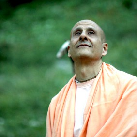 Radhanath Swami and God 283x283 Radhanath Swami Special Moments