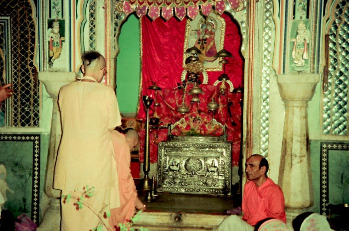 Radhanath Swami in Radha Gopinath Temple, Jaipur