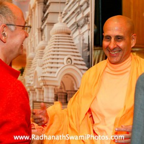 in central strategia moscow yatra march 2012 13 new 283x283 Radhanath Swami In Moscow