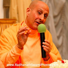 in central strategia moscow yatra march 2012 7 new 283x283 Radhanath Swami In Moscow