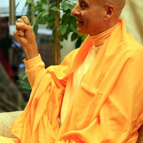 moscow book launch 3 new 283x283 Radhanath Swami In Moscow