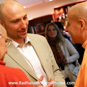 moscow book launch 9 new 283x283 Radhanath Swami In Moscow