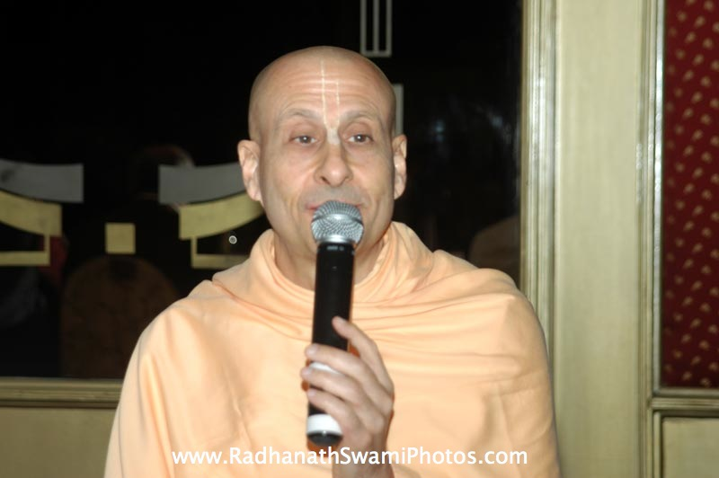 Talk by Radhanath Swami during Bangalore Book Launch
