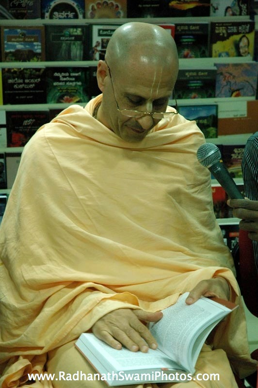 Book Signing By HH Radhanath Swami