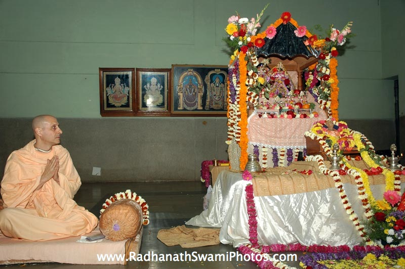 Radhanath Swami Praying to the Lord