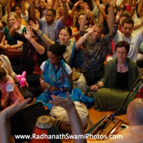 Screenshot20120502at2.05.00PM new 283x283 Radhanath Swami at Bhakti Center, New York