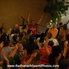 Screenshot20120502at2.07.13PM new 283x283 Radhanath Swami at Bhakti Center, New York