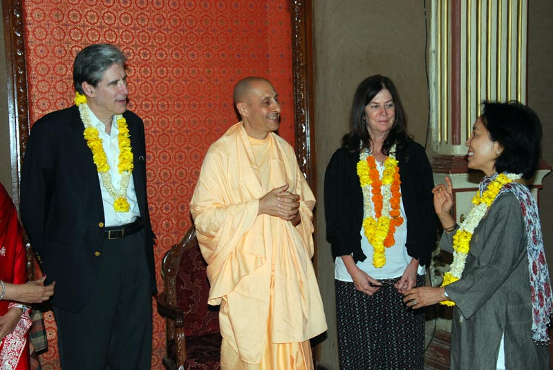 Radhanath Swami in ISKCON Chowpatty
