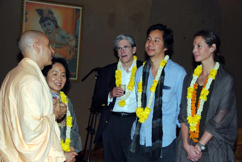 Swami Radhanath with Harvard University Students
