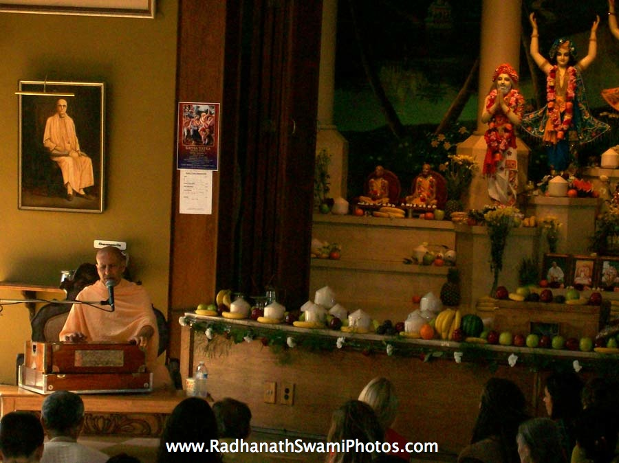 Talk by HH Radhanath Swami at Laguna Beach, US