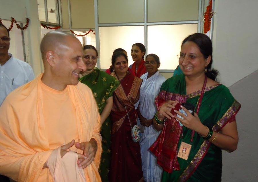 Radhanath Swami in Mira Road