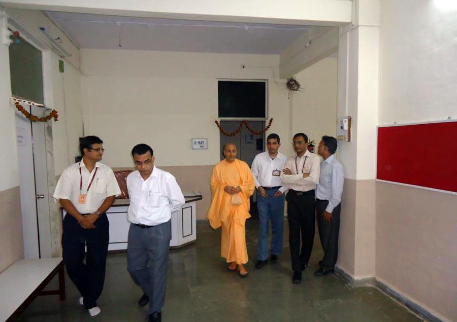 Radhanath Swami's Visit to PV Doshi Hospital