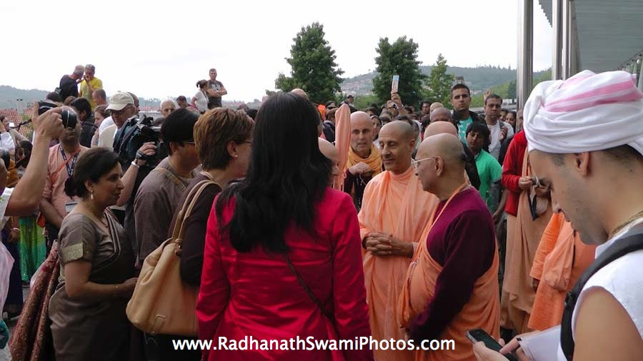 Radhanath Swami during Spiritual Retreat