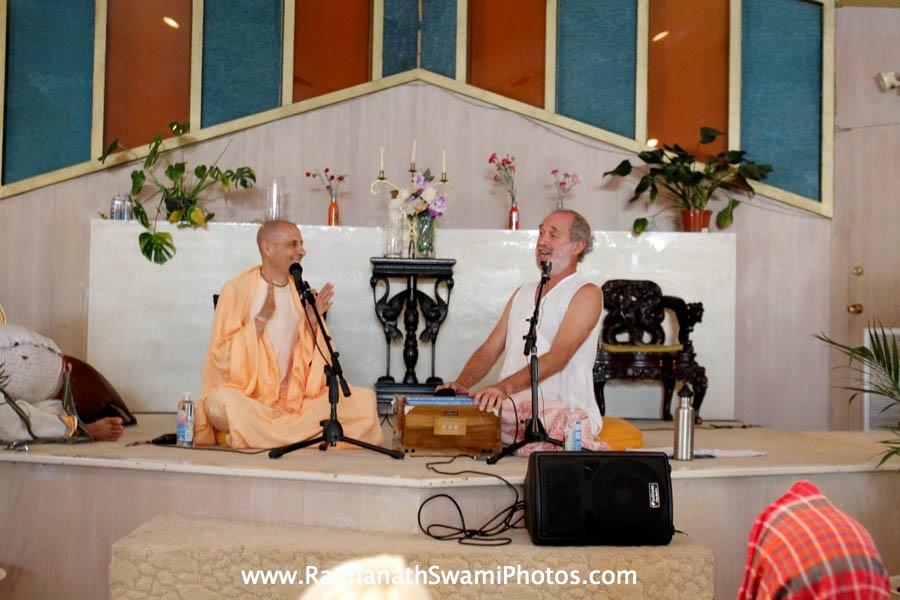 Bhajan by Shyamdas