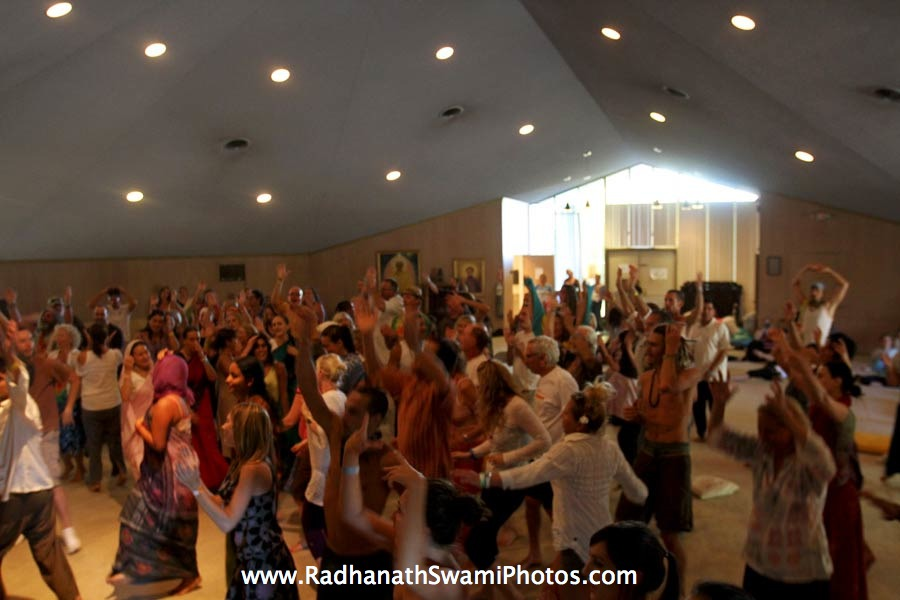 Ecstatic Kirtan at Bhakti Fest