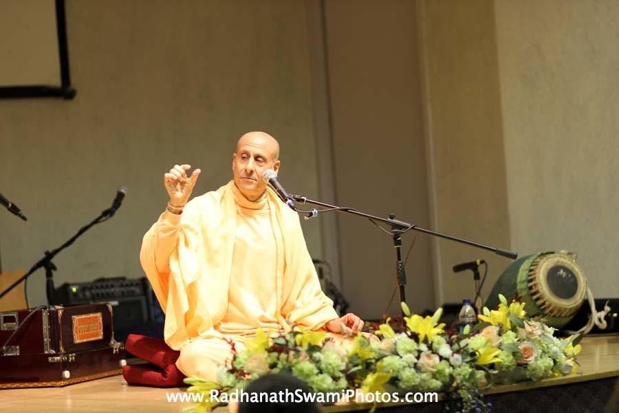 Talk by HH Radhanath Swami at Boston University Holistic Yoga Club